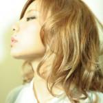 【ヘアカラー】明るめハイライトで髪の毛に立体感を【ハイライト】