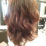 【ミセススタイル】くせ毛をいかしたパーマでセミロングスタイル