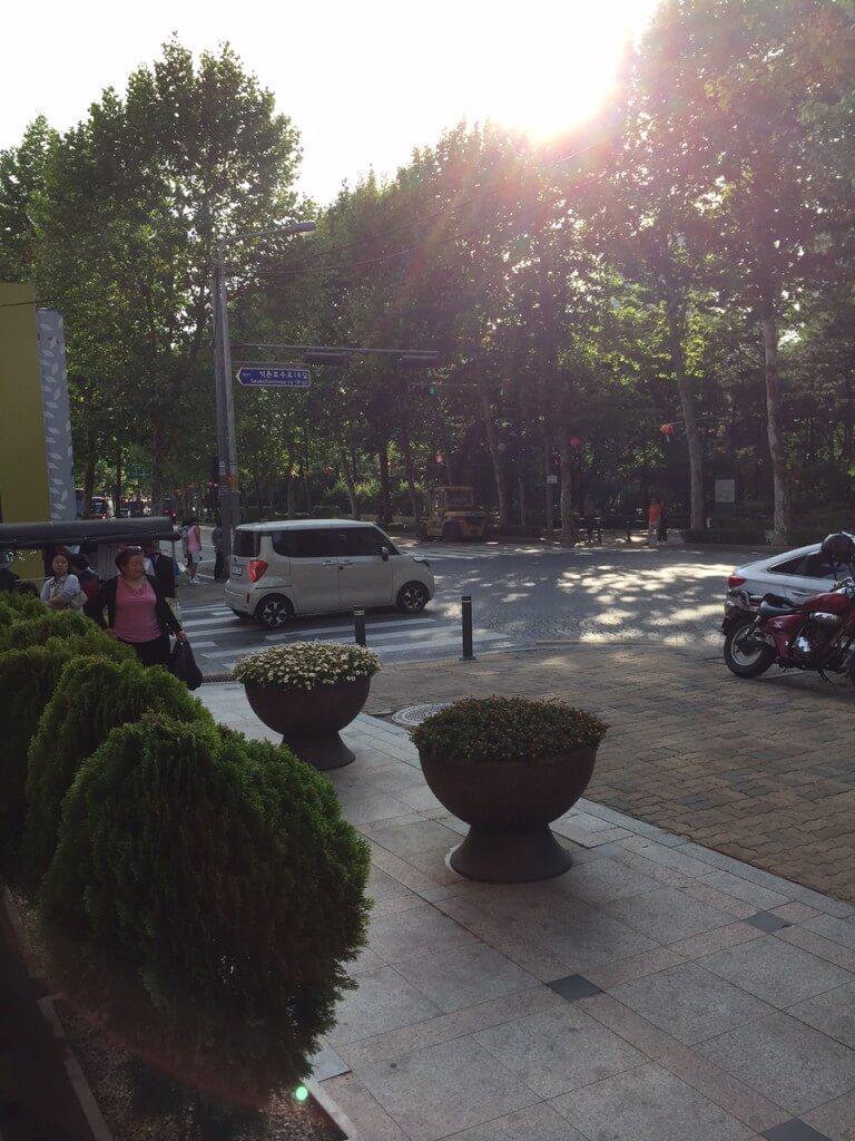 レイクホテル前