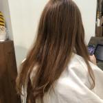 今流行りのミディアムヘア